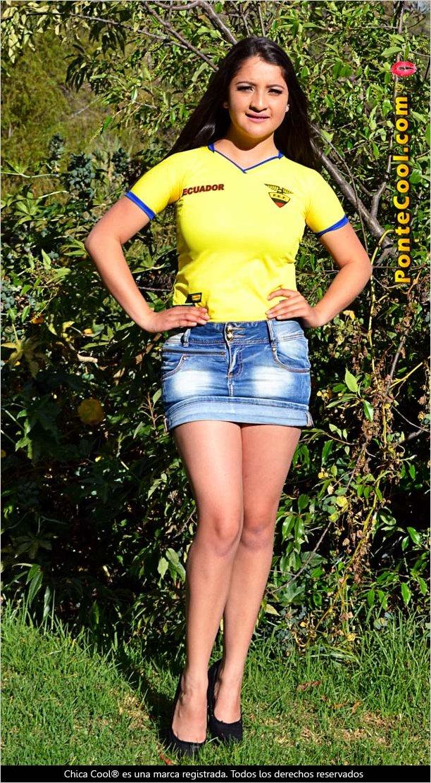 Las Chicas Cool apoyando a la Tri en las eliminatorias al Mundial Catar 2022